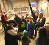 """""""Graf von Montfort"""" empfängt die Kinder in der Schattenburg"""